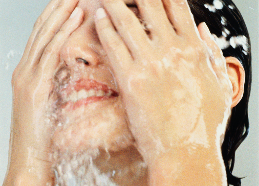 12 Skin Care Mistakes Almost Everyone Makes featured image