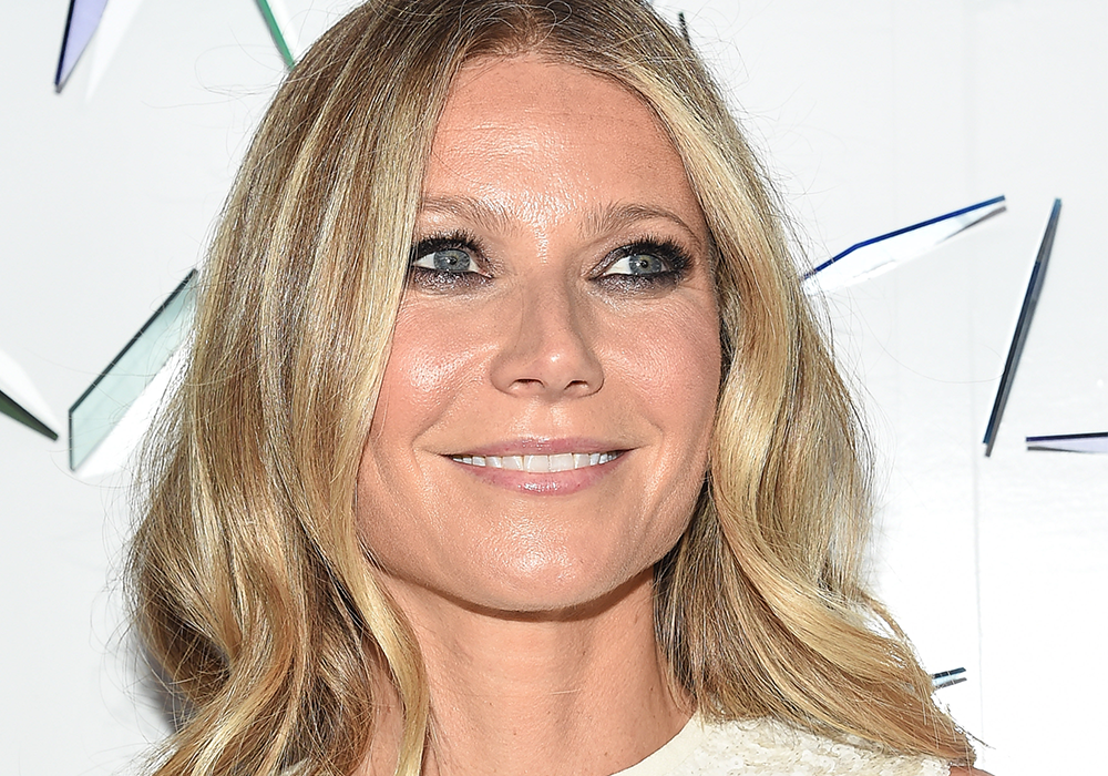 Gwyneth Paltrow Swears This Strange Treatment Got Rid of Her Scars featured image
