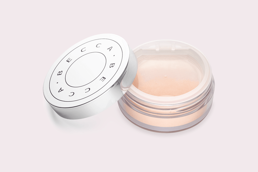 The Powder That Feels Like a Facial Mist and Immediately Wakes Up Skin featured image