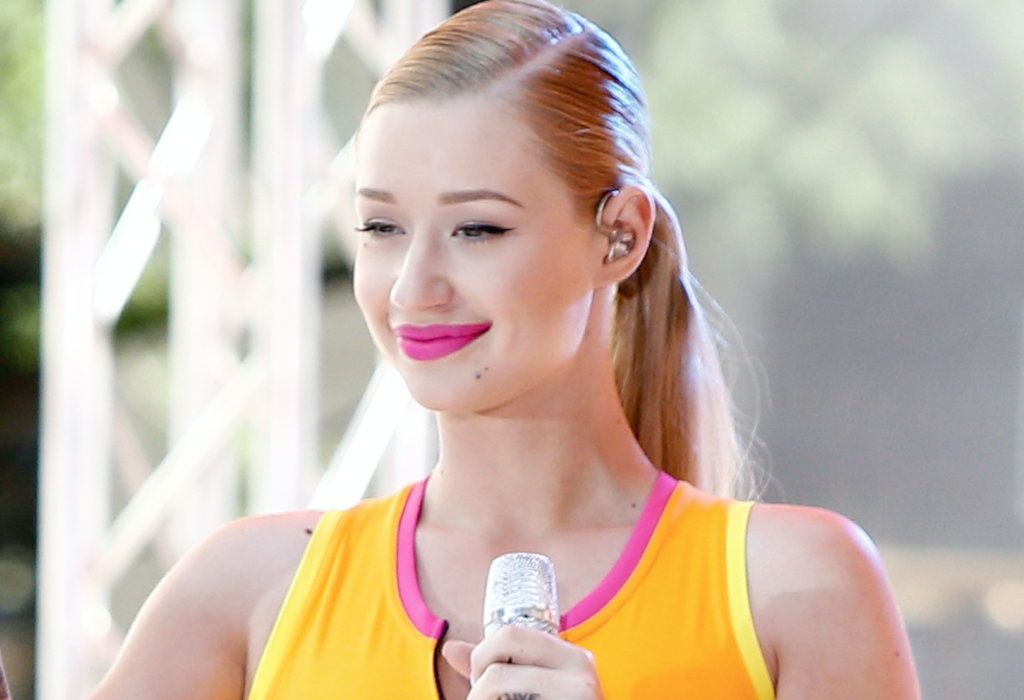 Why Iggy Azalea Just Thanked Her Plastic Surgeon on Social Media featured image