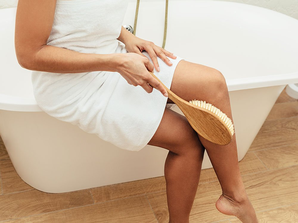 10 Reasons Why You Should Start Dry Brushing featured image