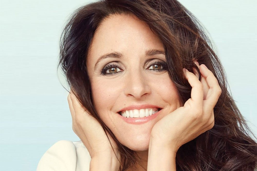 Get the Cover Look: Julia Louis-Dreyfus's Makeup featured image