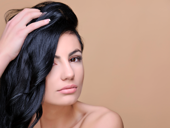 Does Dry Shampoo Cause Dandruff? featured image
