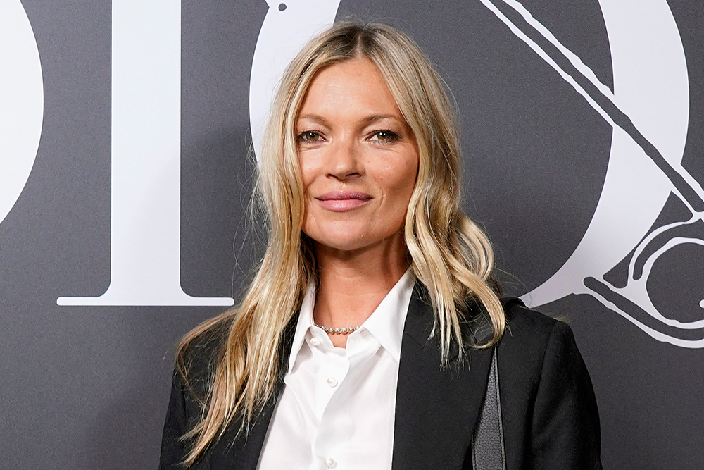 The De-Puffing Tool Kate Moss Always Keeps in Her Bag featured image