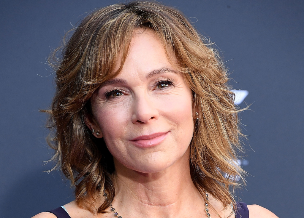 Jennifer Grey Shares Her Inspiring Approach to Wellness and Aging featured image