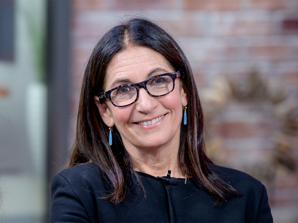 Bobbi Brown's Self-Care Routine Includes Green Juices, CBD and Massage Guns featured image
