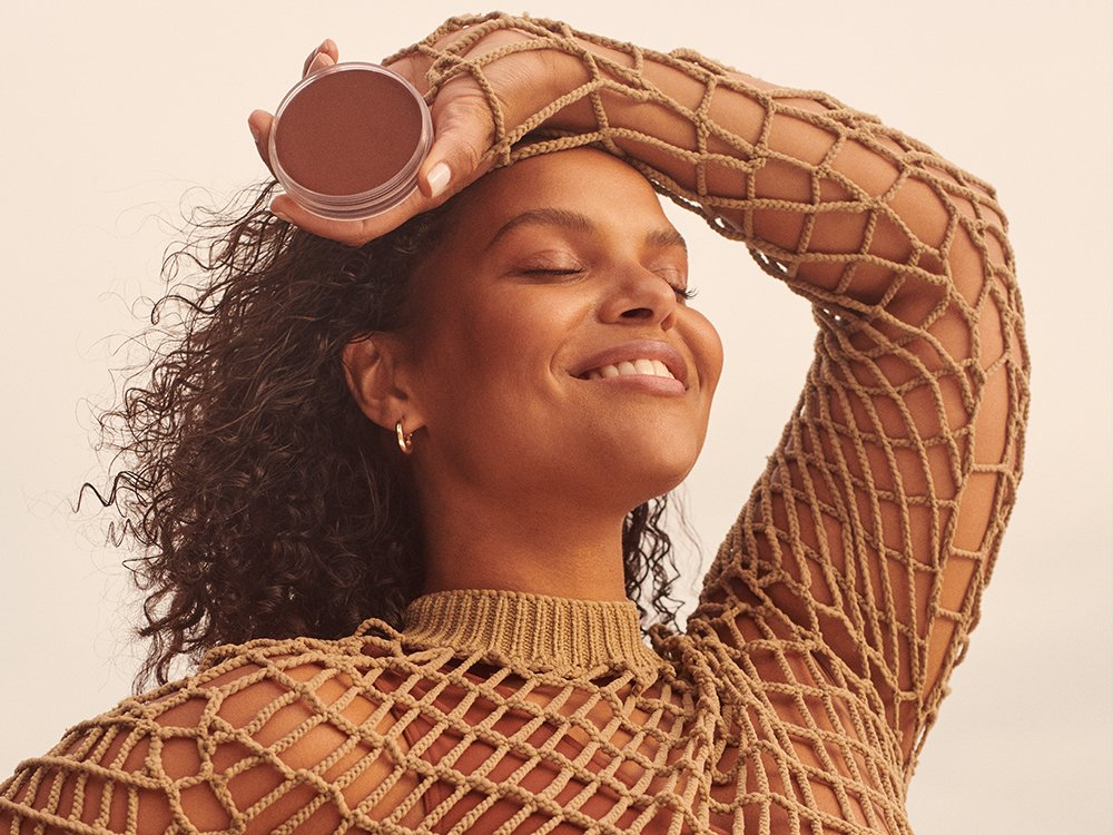 The Best Cream Bronzers for a Natural-Looking Glow featured image