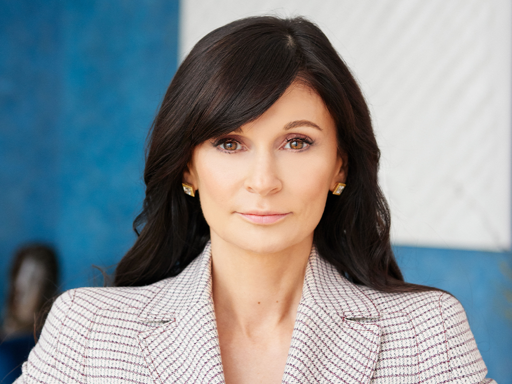 Julia Haart on Her 'Miracle' Beauty Secret, Time Travel and Her Latest Entrepreneurial Venture: Skin Care featured image