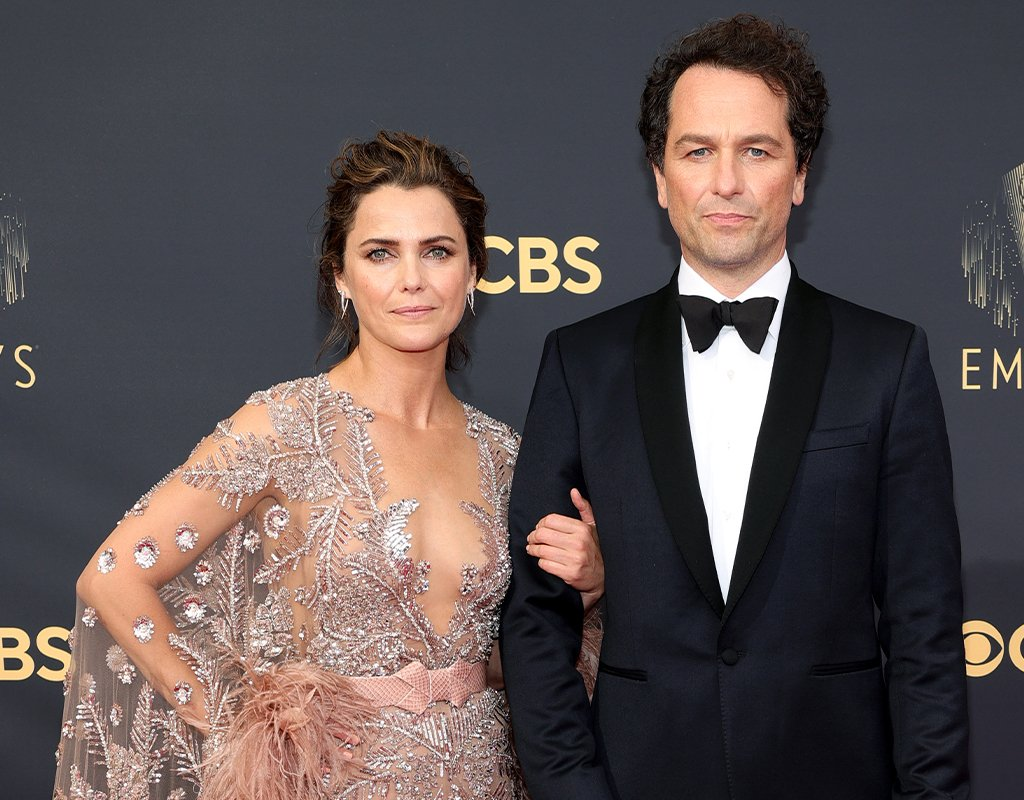 The $15 Facial Oil Used to Prep Keri Russell's Skin at Tonight's Emmys featured image